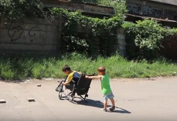video: Ústí a člověk v tísni